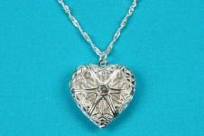 Beautiful Silver Heart Locket