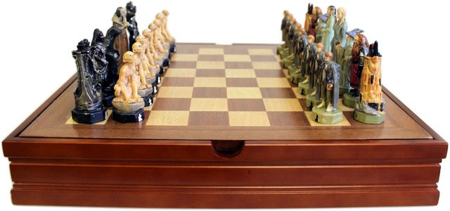 Themed Chess Set - Lord of the Rings